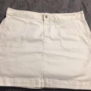 NWT Size 12 White Jean Skirt- Loft